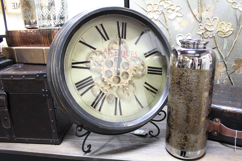 Clock with vase